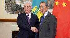Китай благодарит Казахстан за поддержку «дерадикализации» вСиньцзяне