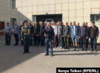 Призывные пункты, аресты, угрозы. Что стоит на пути волны протестных настроений в Казахстане