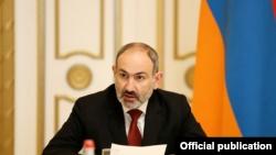 «Лично выбранный преемник» и «подстроенные выборы». Казахстан в отчете Freedom House