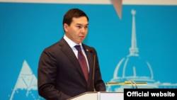 Нурали Алиев, ставший сын Дариги Назарбаевой.